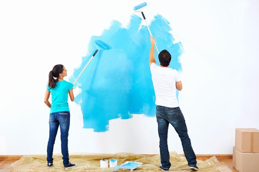 couple decorating their home - Lifespan
